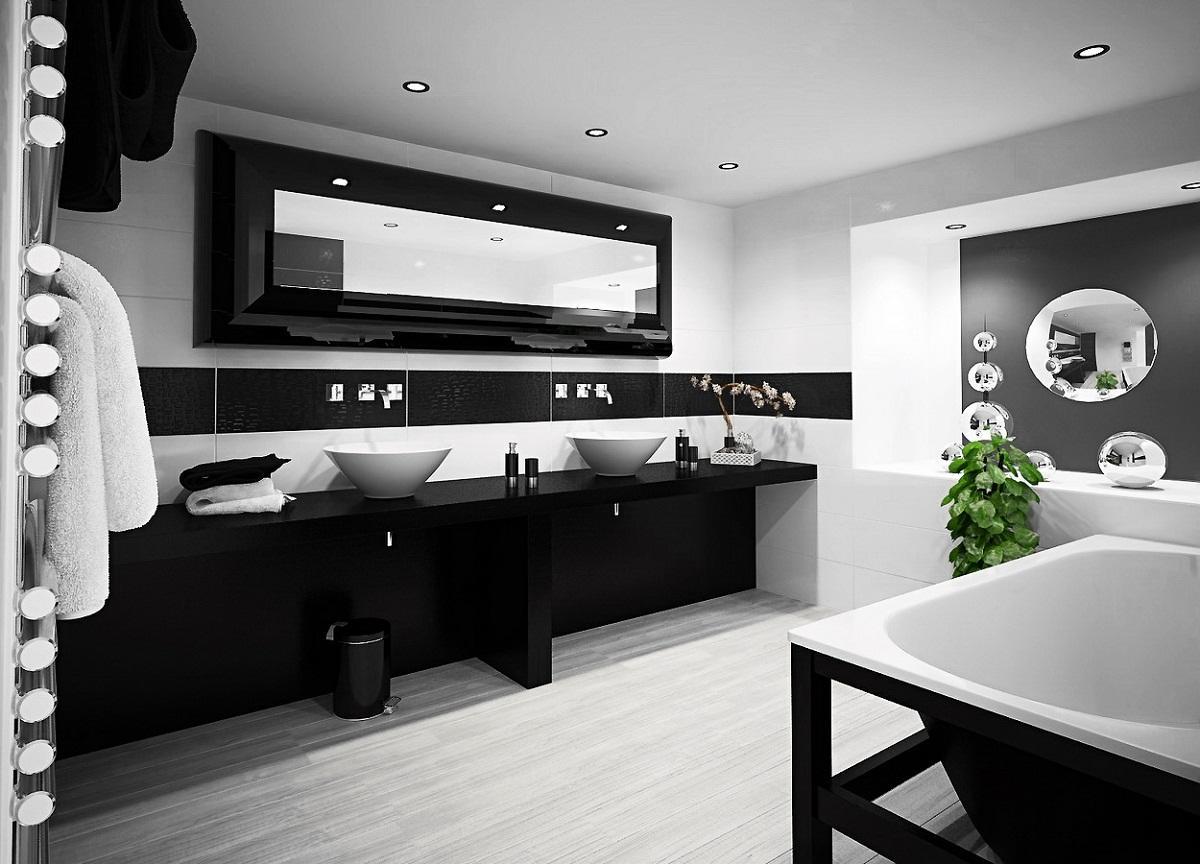 В черно-белую ванную комнату хорошо вписываются точечные светильники