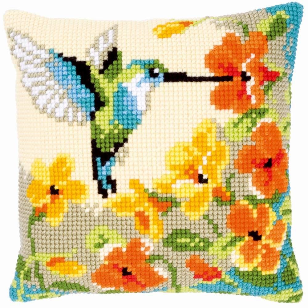 Вышивание на подушках в современном мире очень популярный вид рукоделия