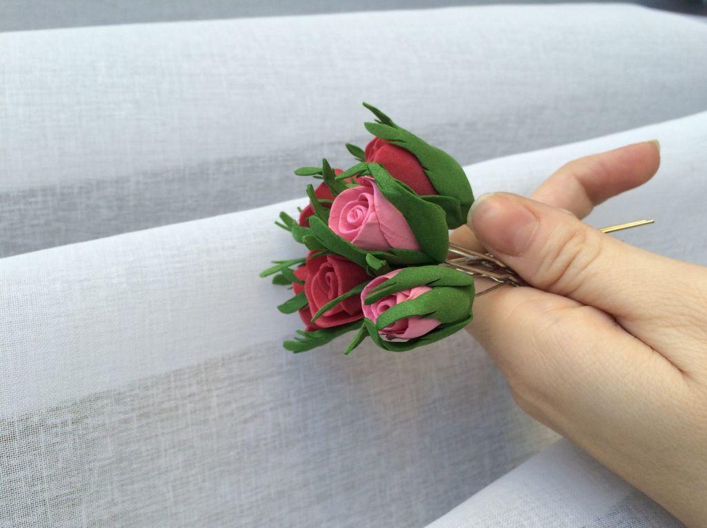 На сегодняшний день популярными являются красивые бутоны роз из фоамирана