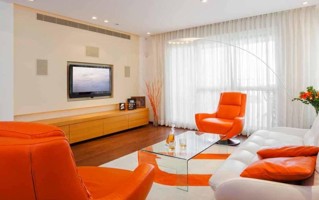 Для того чтобы сделать гостевую комнату комфортной, можно подобрать стильный и необычный мягкий уголок, который будет дополнять интерьер комнаты