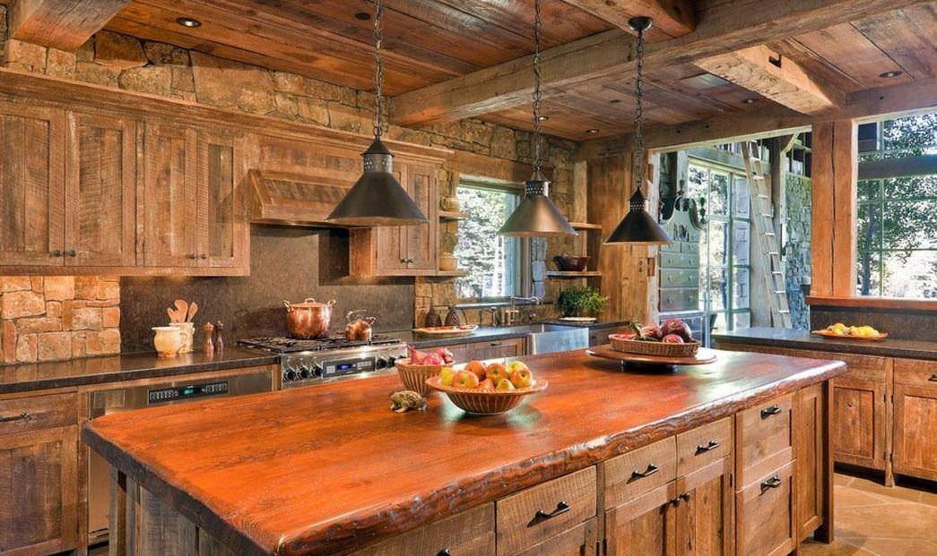 Главный плюс кухни под старину - исключительно натуральные материалы отделки