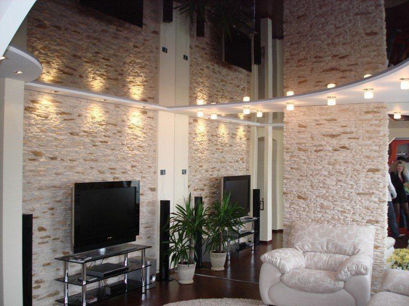 Стильно и гармонично в потолке совмещаются черный и белый цвет