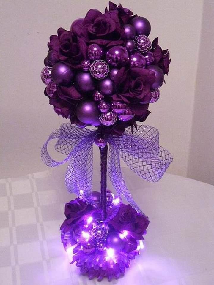 Украсьте новогоднее деревце гирляндой и получите оригинальный светильник-ночник