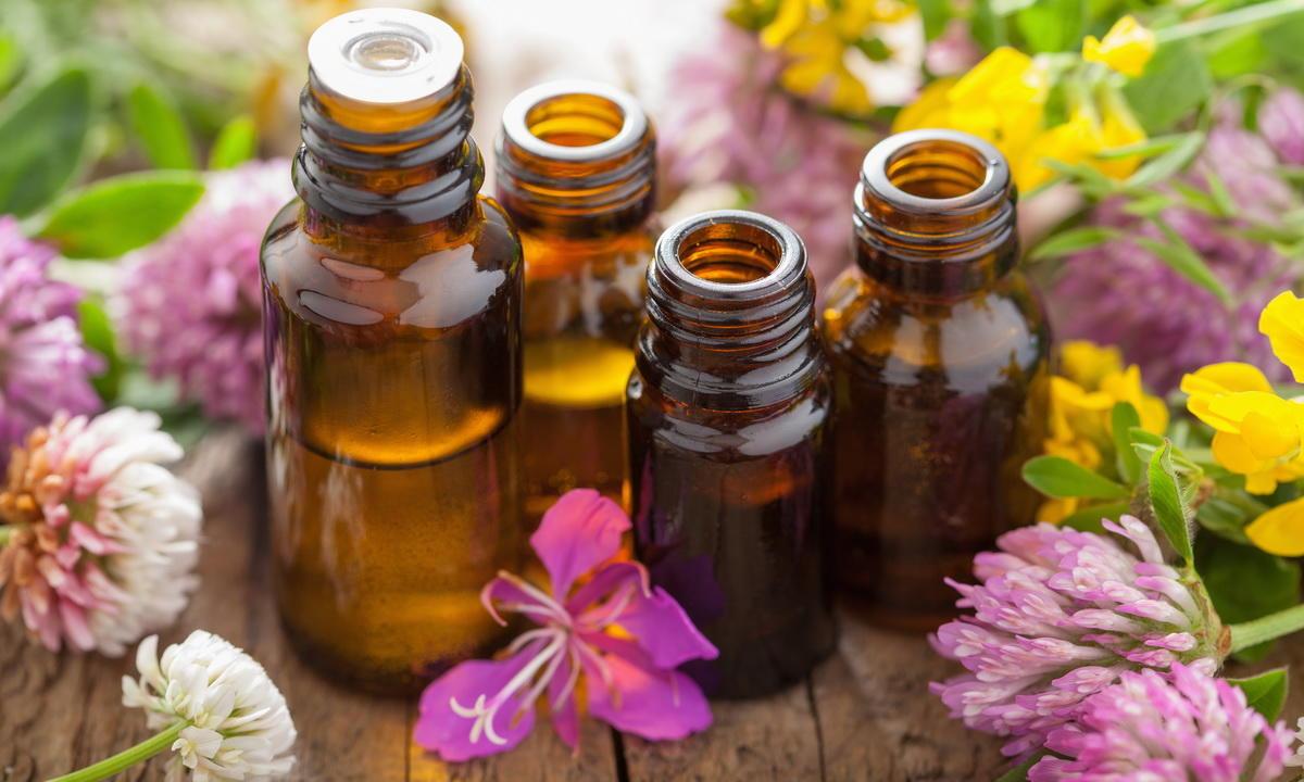С помощью эфирных масел можно придать мылу массу полезных свойств и изумительный аромат