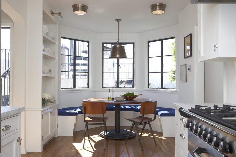 Эркер в кухне – это прекрасный вариант, который поможет превратить свободное пространство в функциональную зону