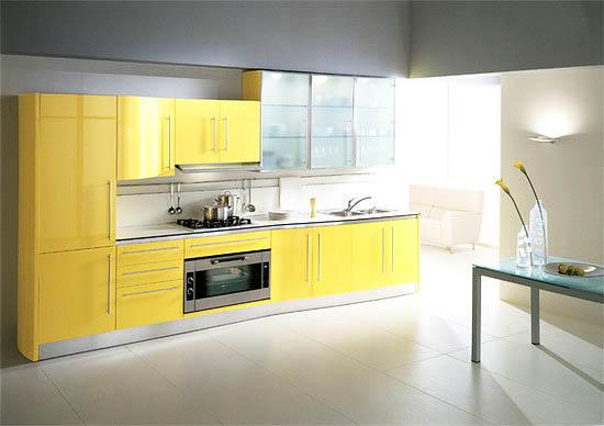 Какой бы цвет кухни вы не выбрали, контрастнее и жизнерадостнее желтого не будет ничего