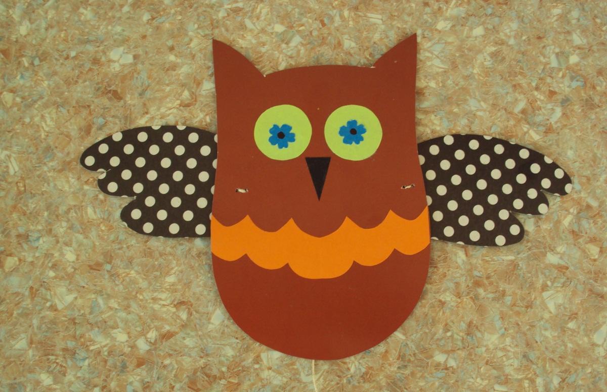 Для создания игрушки дергунчика можно применять образ любого животного, например, совы