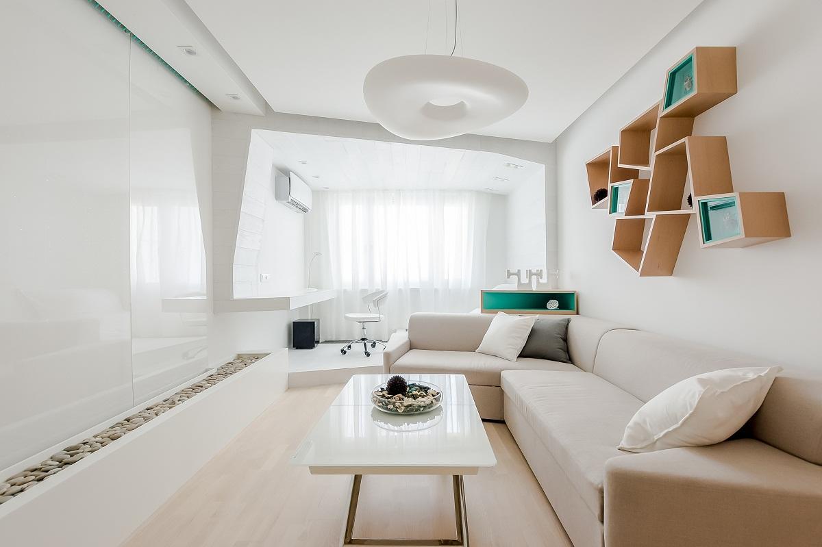 Перед обустройством гостиной необходимо сделать планировку на бумаге, указав места расположения мебели, посоветовавшись со всеми членами семьи