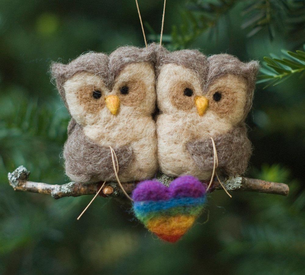 Сделать сову из шерсти можно за пару часов, стоит лишь проявить фантазию и аккуратность