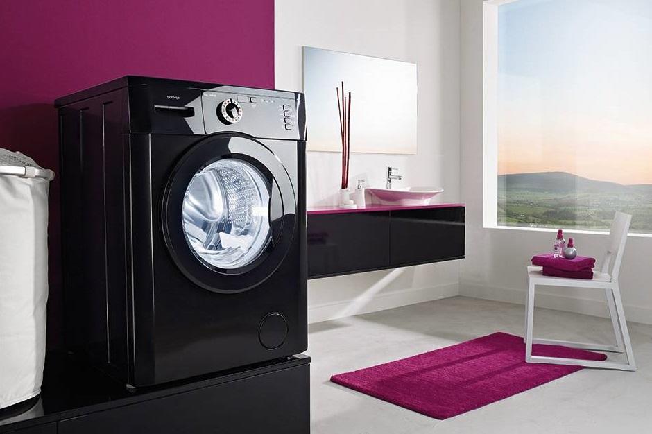 Главное правило при уходе за вышивкой — отказ от использования стиральной машины