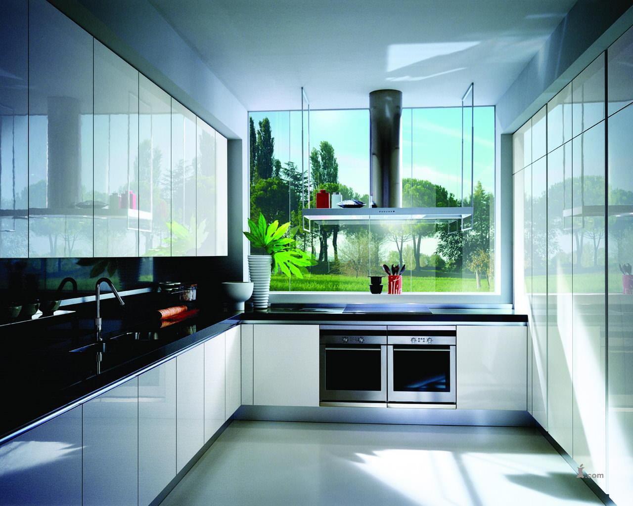 Как правило, в современном дизайне кухни, будь то модерн или хай-тек, используют привычный контраст черного-белого