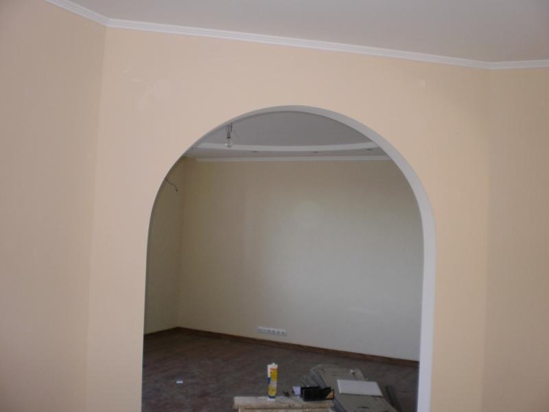 Сделать дверной проем без двери можно своими руками, главное — определиться с его дизайном и подобрать материалы для отделки
