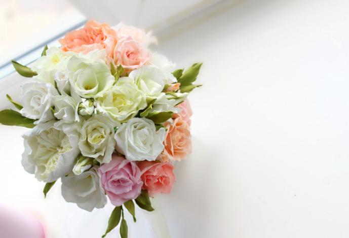 Цветы из фоамирана обладают высокой прочностью