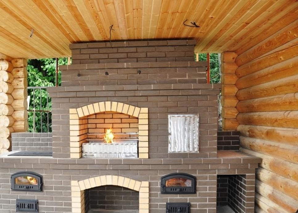 Дровяные камины для дачи: угловой дом на дровах, рейтинг печей и фото, компастный и готовый