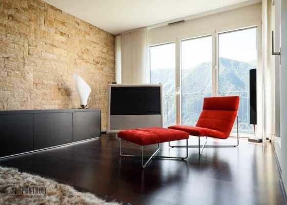 Стиль хай-тек предпочитают выбирать те, кто любит использовать свободное пространство в комнате по максимуму