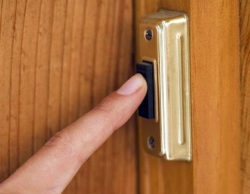 Звонок дверной проводной