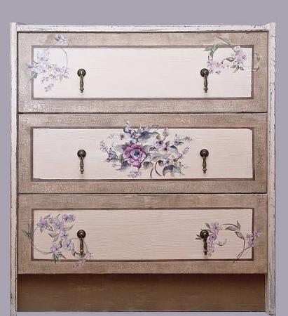 Декупаж мебели в стиле прованс - это возможность подарить новую жизнь старым вещам