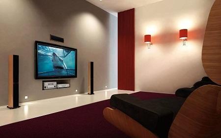 Повесив телевизор правильно, можно существенно улучшить эксплуатационные качества помещения