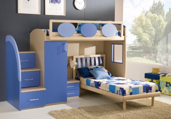 Оформляя комнату для мальчиков, в первую очередь следует учитывать пожелания и предпочтения детей