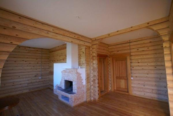 Наиболее подходящим вариантом для отделки потолка в деревянном доме является гипсокартон