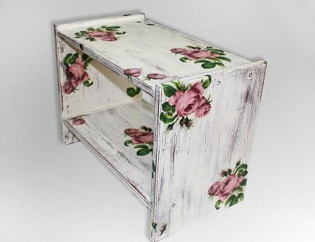 Благодаря широкому разнообразию салфеток они отлично подходят для выполнения декупажа на мебели