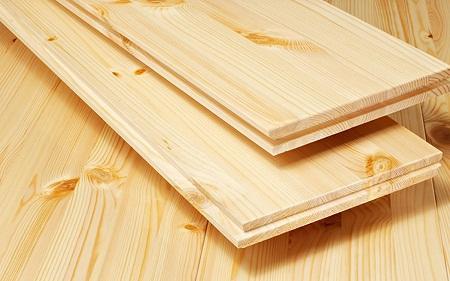 Шпунтованная доска может отличаться по ширине, толщине и виду дерева, из которого она изготовлена