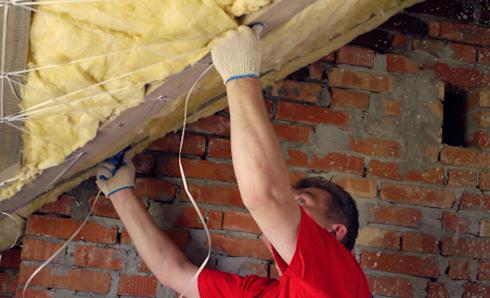 Какая минвата лучше для потолка