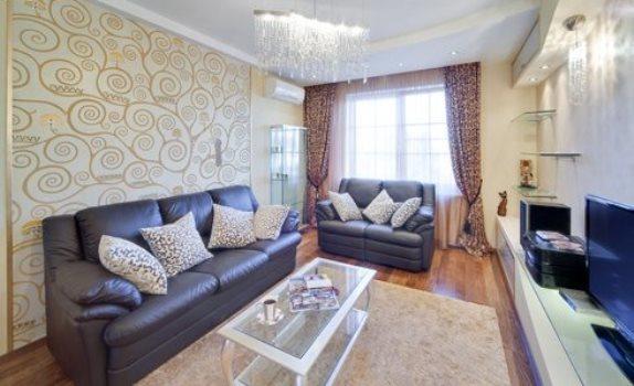 Дизайн гостиной следует тщательно продумать, ведь это главная комната, где собирается вместе вся семья