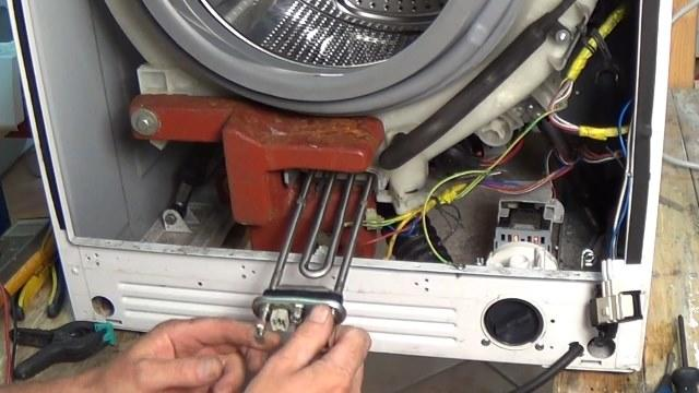 Заменить тэн в стиральной машине вполне можно самостоятельно, если грамотно изучить инструкцию