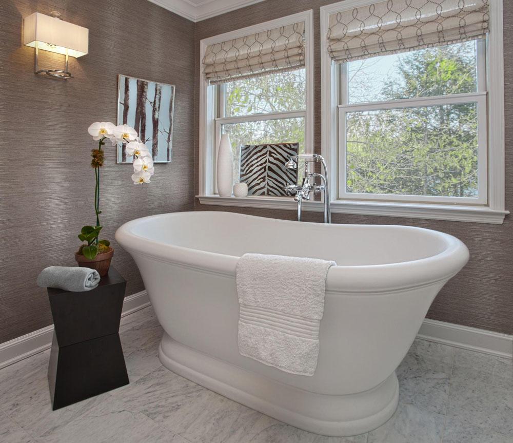 Даже маленькую ванную комнату можно сделать красивой и уютной, если правильно продумать расположение в ней сантехнических приборов