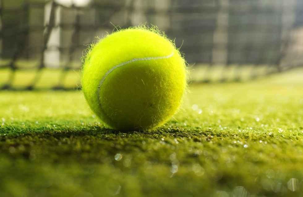 Самая прочная основа для изделия — теннисный мячик