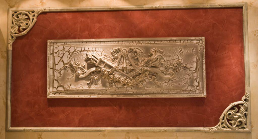 Рельефные панно известны еще с глубокой древности