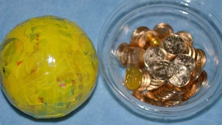 Для топиария из монет нам понадобятся сами сонеты, которые могут быть как настоящими, так и сувенирными