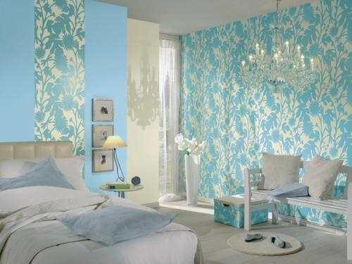 Бирюзовые обои освежат интерьер любой комнаты