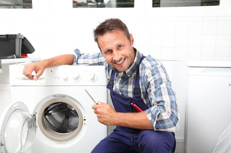 Очень часто поломки стиральных машин связаны с электричеством