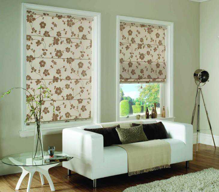 Скромные и короткие шторы характерны для стиля прованс