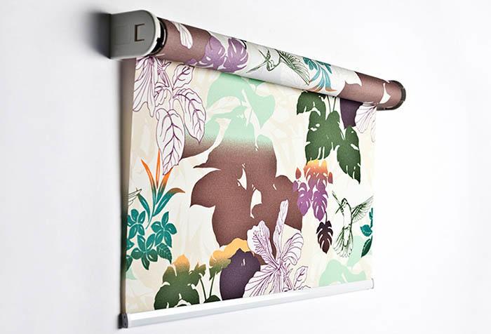 Чтобы сшить рулонные шторы своими руками, потребуется час-полтора свободного времени