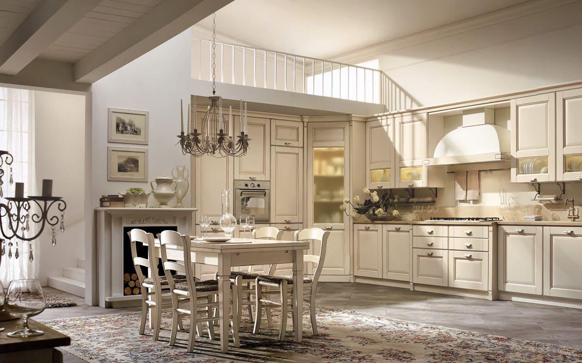 Массивный гарнитур из дерева отлично подойдет для кухни в испанском стиле