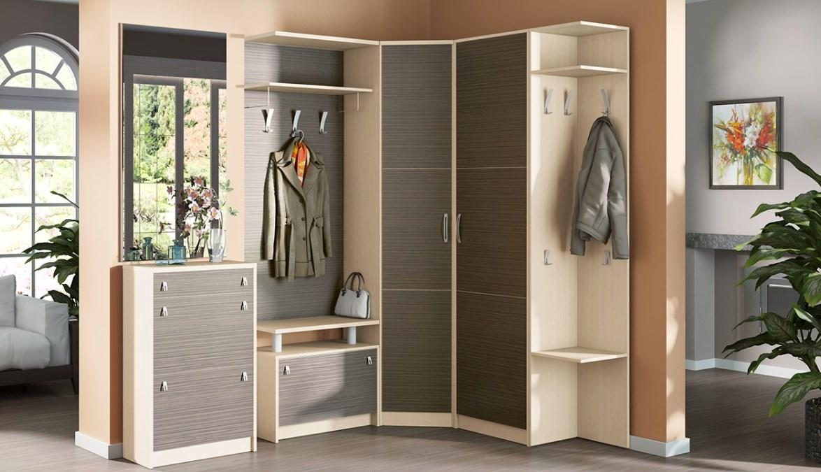 Заполнить пустой угол в прихожей можно при помощи стильного и красивого углового шкафа с полочками