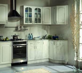 Грамотно продуманная маленькая кухня станет комфортным местом не только для готовки