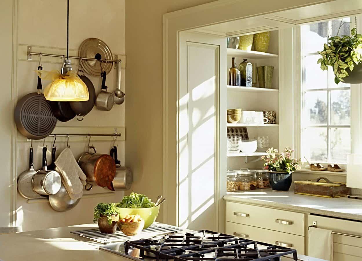 Оборудование для кухни: дома, в квартире, профессиональное навесное оборудование, аксессуары и рейлинги, современная мебель, техника, фото, видео