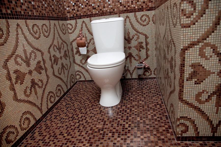 Потолок в туалете: какие выбрать под стены, фото отделки в санузле, современные своими руками, варианты с черным