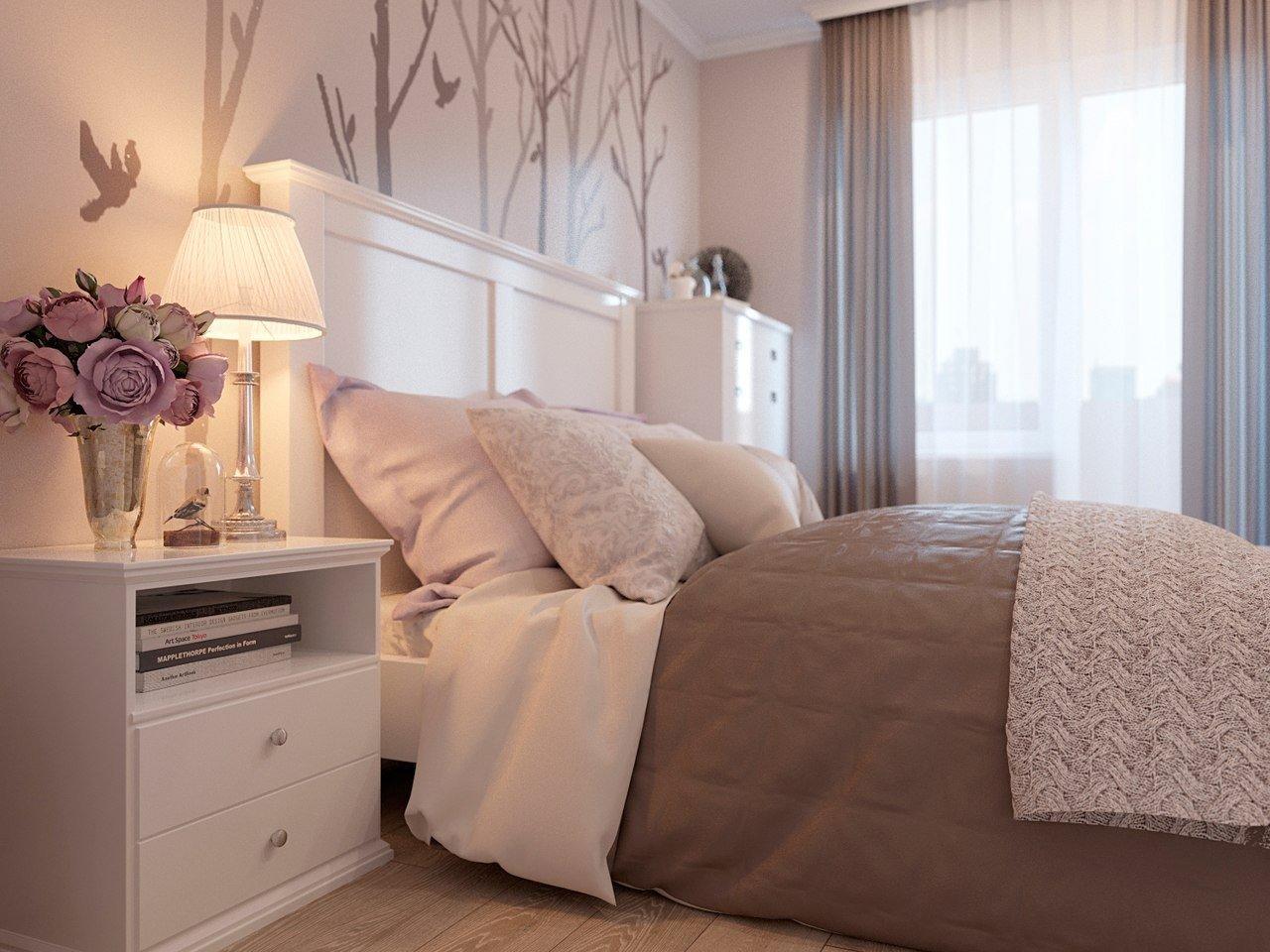 К основному светлому тону спальни можно добавить некоторые цветовые дополнения