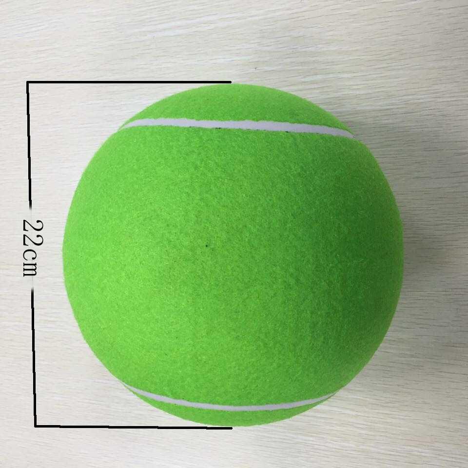 Идеальной основой для кроны топиария является теннисный мячик: он прочный и имеет правильную форму