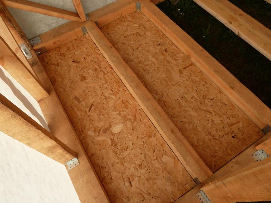 Плиты ОСП – самый распространенный материал для создания чернового потолка