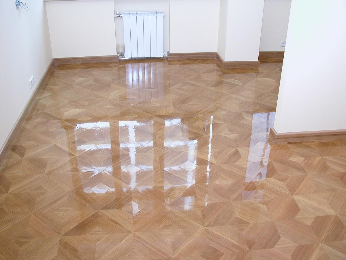 Благодаря лаку можно улучшить эстетические и эксплуатационные качества плитки