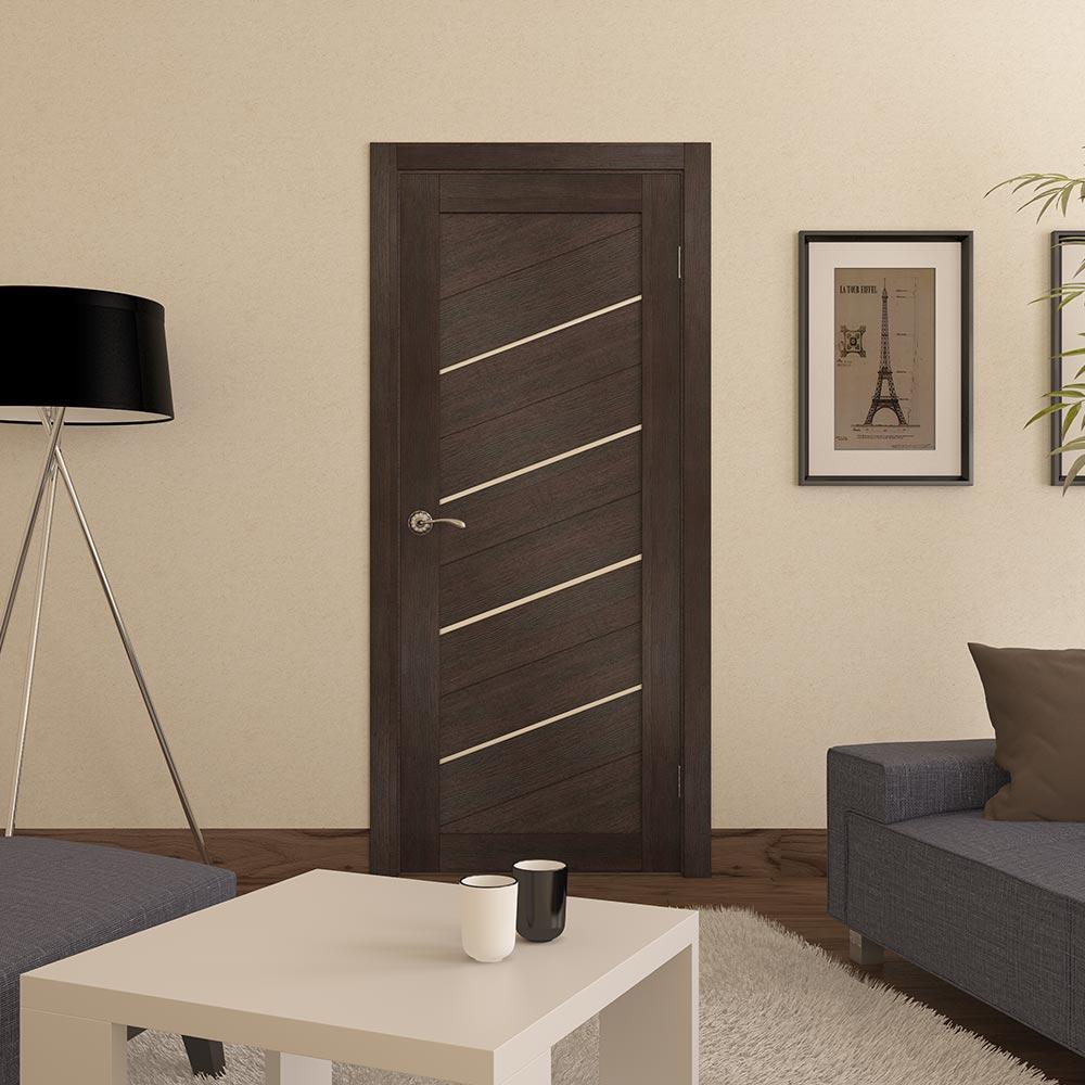 Многие предпочитают устанавливать царговые двери, поскольку они прочные и достаточно устойчивые