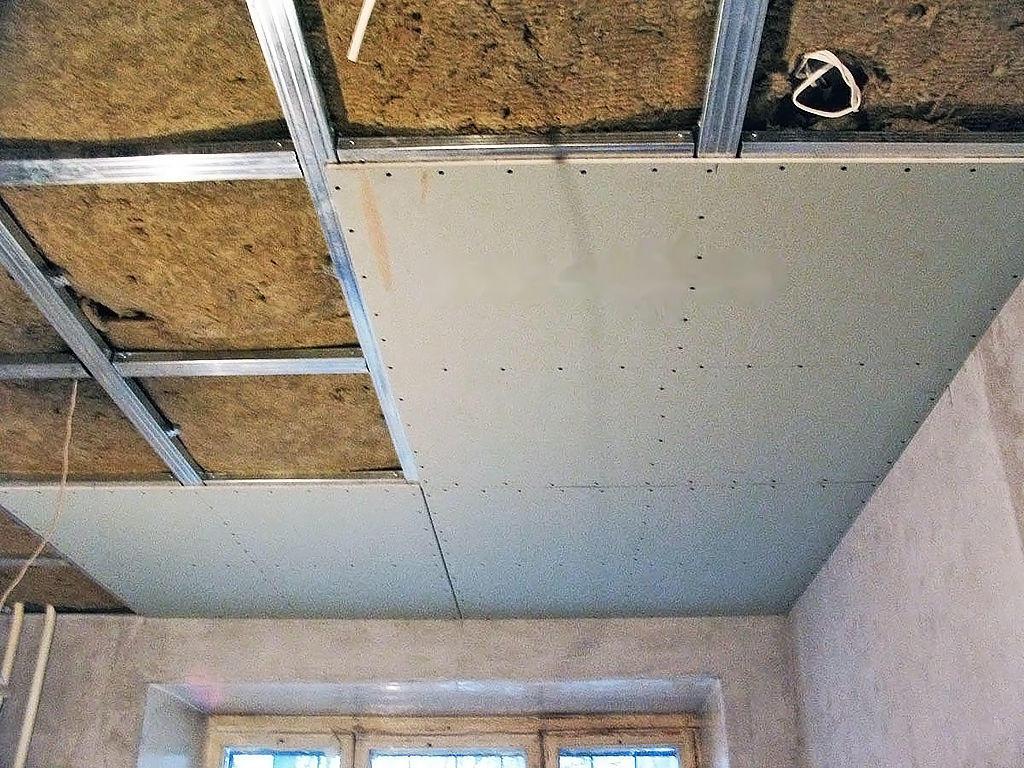 Гипсокартон – практичный и надежный материал для отделки потолка