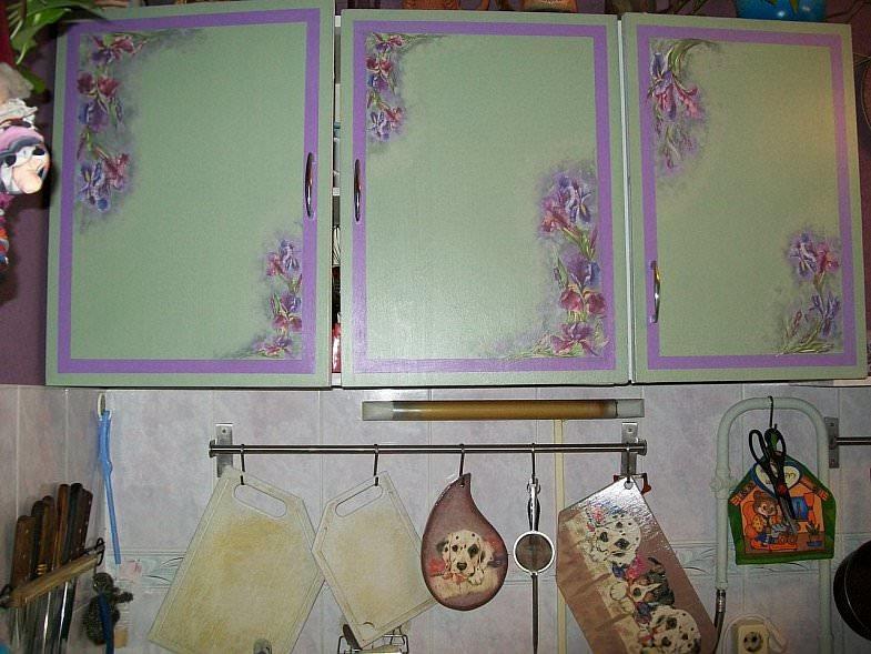 1344370505_dekupazh91 Декупаж мебели своими руками: фото, пошаговая инструкция, советы