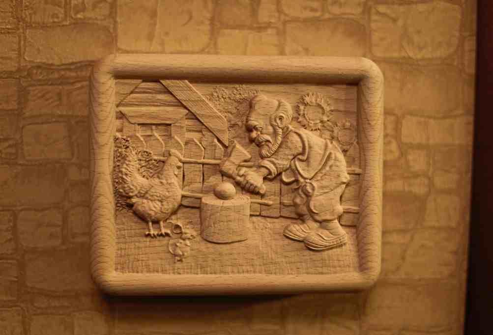 Панно из дерева 45 фото какую резьбу применяют для изготовления деревянного панно на стену Резное настенное панно варианты из срезов и брусков другие виды